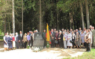 Agurkiškėse atidengtas paminklas partizanams